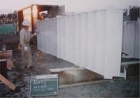 封孔処理剤塗布作業