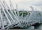 過酷な自然環境下の鋼構造物の重防食にMS工法が効果的です。